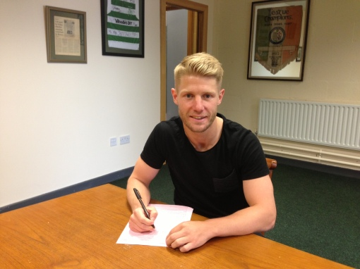Richie Ryan signs for Shamrock Rovers
